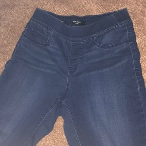 Nine West pull on skinny pants